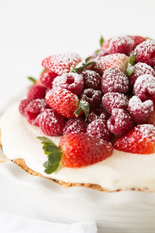 No bake lemon cream berry pie with juicy red berries ohsweetbasil.com summer fruits