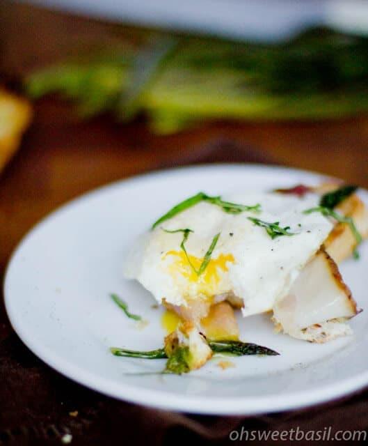 Asparagus and Egg Crostini ohsweetbasil.com
