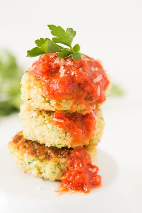quinoa zucchini parmesan fritters! ohsweetbasil.com