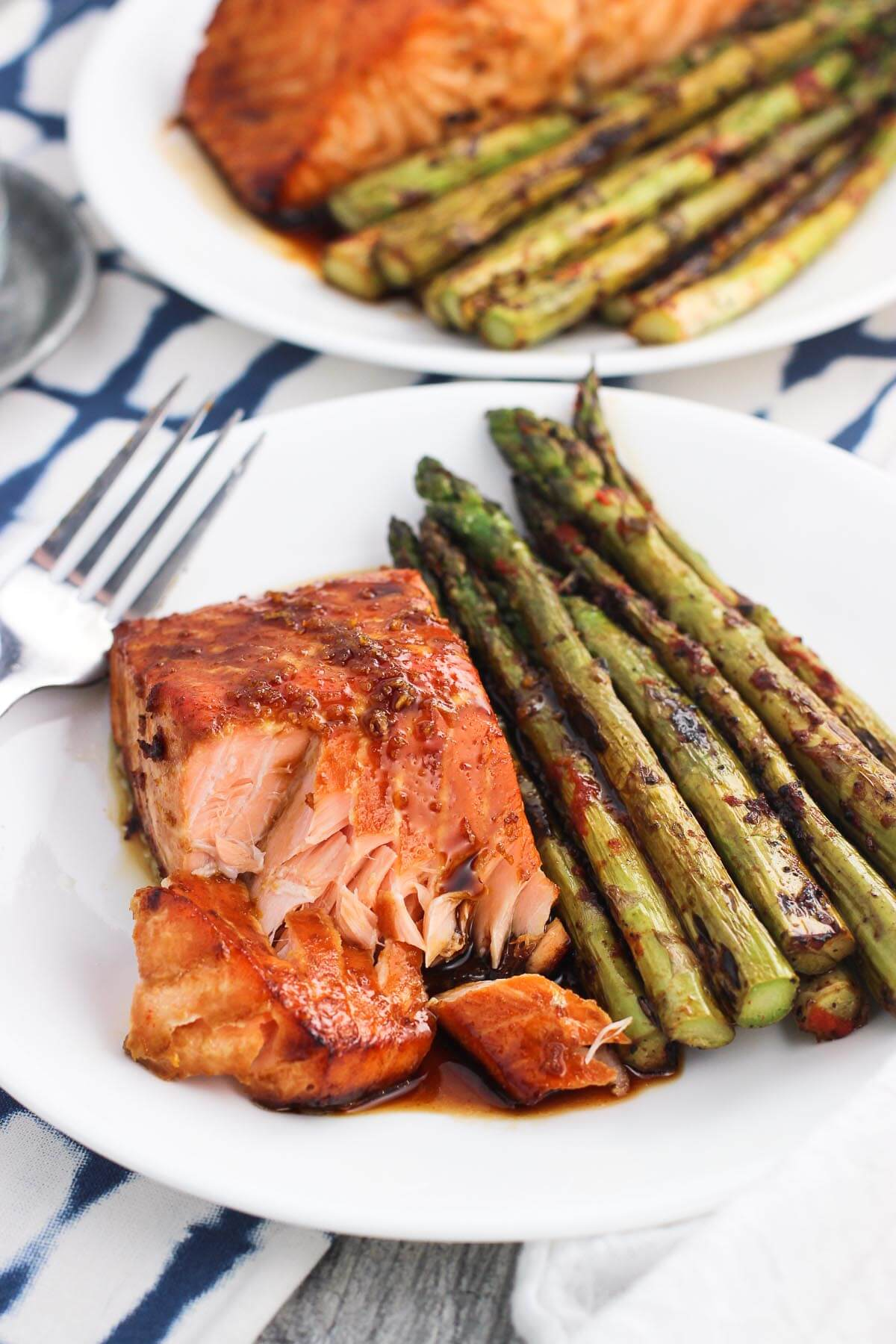 Today I'm excited to share one of my recent favorite dinners - sweet and spicy orange salmon. It's a healthy dinner idea that is quick and easy.