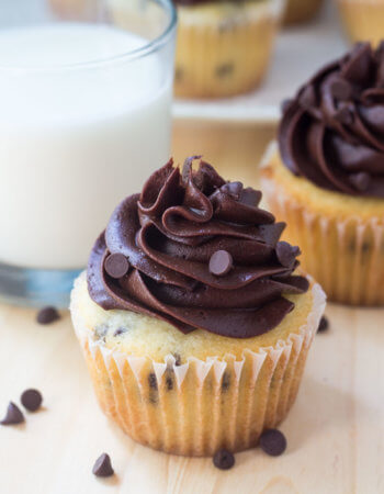 These chocolate chip cupcakes with chocolate frosting are the perfect combination of vanilla & chocolate. Fluffy, buttery vanilla cupcakes. Chocolate chips. AND chocolate buttercream.
