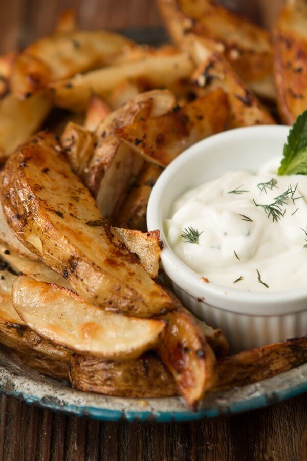 Greek Roasted Potatoes with Garlic Tzatziki Sauce ohsweetbasil.com