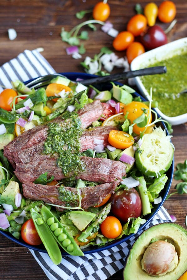 Grilled Flank Steak Summer Salad Cilantro Lime Vinaigrette - the perfect meal that is healthy and bursting with flavor! Ready on your table in 30 minutes!