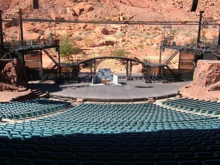 STAGE VIEW 1 On our way back from California we had the opportunity to extend our vacation a little and so we are sharing our St George Utah Travel Tips.
