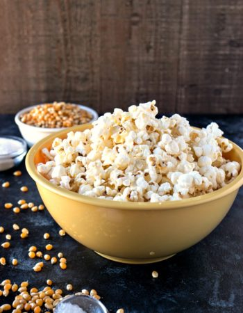Salt & Vinegar Popcorn - Fresh, homemade popcorn is tossed in sea salt and powdered vinegar to make for a healthy alternative to your favorite potato chip.