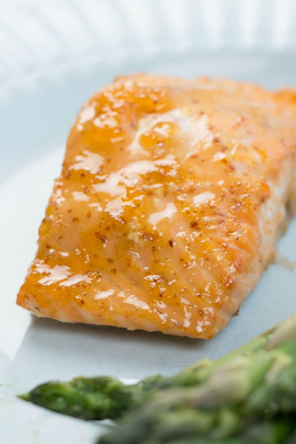 "Apricots? And salmon? Yes, my friends, you heard right. This recipe for Simple Apricot Lemon Salmon is super easy and quick to make, and it's ""mmm"" out loud delicious! ohsweetbasil.com"