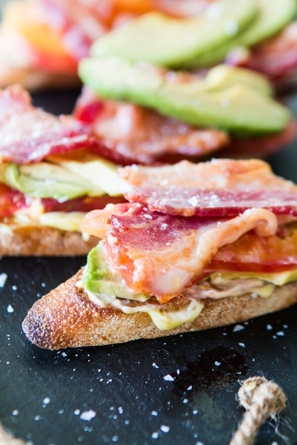 It's almost a BLT, minus the lettuce. Oh, and add avocado. Whatever these bacon tomato and avocado crostini appetizers are, they are all kinds of awesome. ohsweetbasil.com