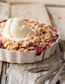 Marionberry Crisp is one of the best summertime desserts. Especially with a little cinnamon that will have guests guessing what the secret ingredient is. ohsweetbasil.com