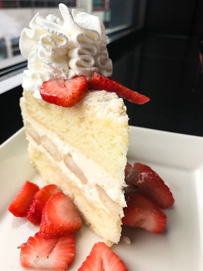lemoncello cream torte