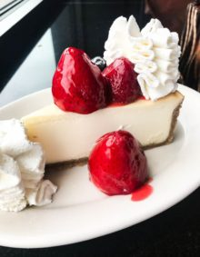 strawberry cheesecake at the cheesecake factory