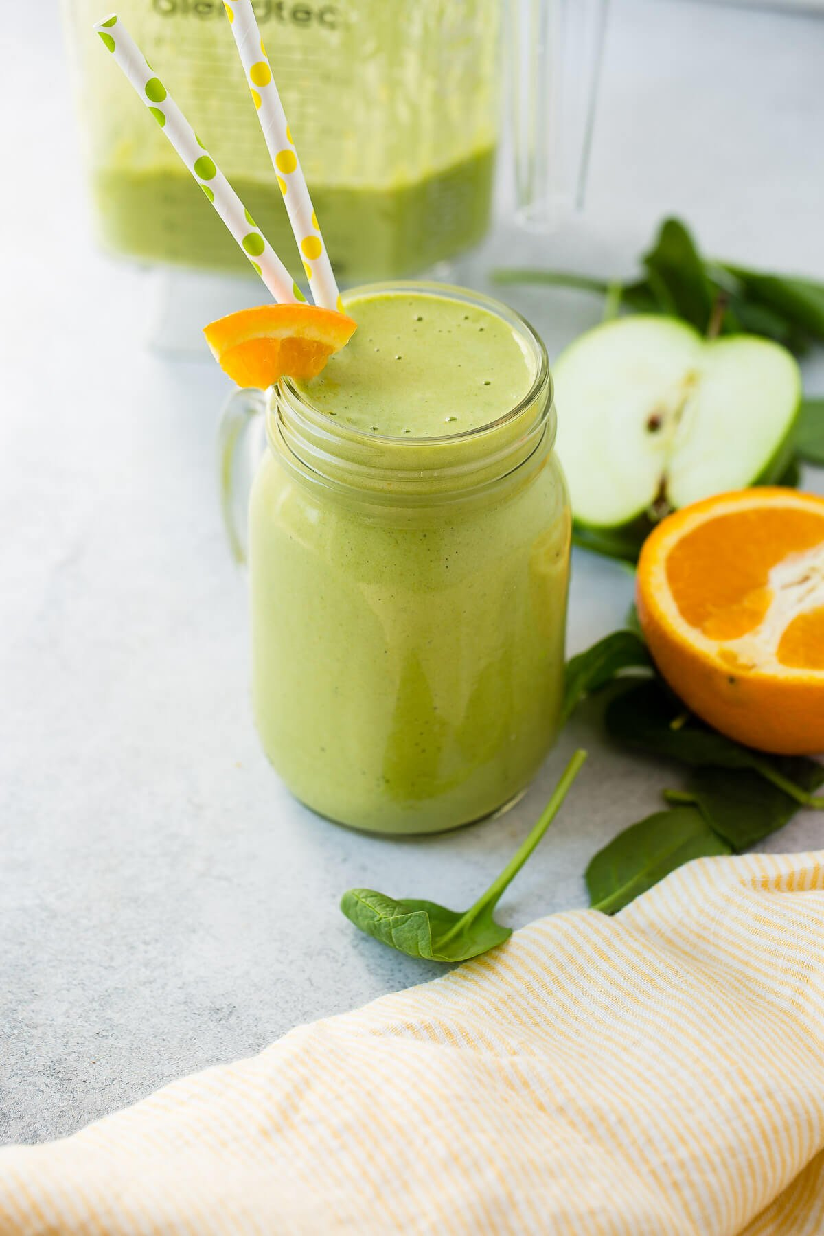 Suffering from a cold and looking for an all natural solution to fight a cold? This cold buster green smoothie is your answer! ohsweetbasil.com