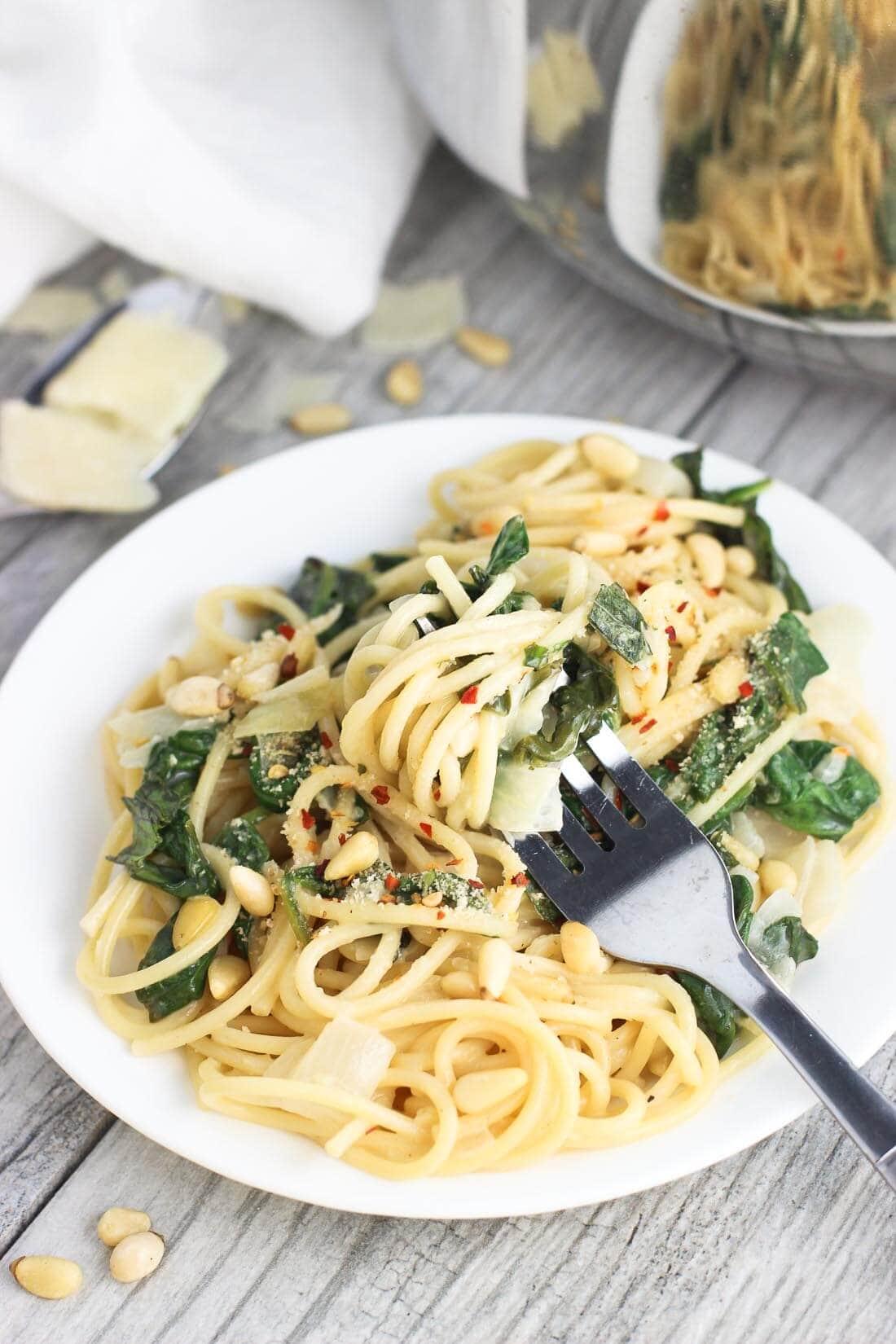 Creamy Lemon Spinach One-Pot Pasta by mysequinedlife.com