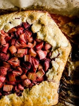 a simple and rustic strawberry rhubarb galette, perfect for summer