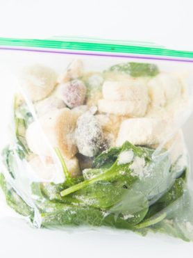 You can do freezer prep green smoothie protein shakes and cut out the hassle every day of trying to prepare a healthy meal to lose weight and stay in shape. ohsweetbasil.com paleo, Whole 30, gluten free, dairy free, meal prep