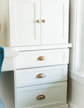 You're ready to start a little facelift project on your house but what seemed like fun now seems crazy. Here's how to pick cabinets to get you started. ohsweetbasil.com