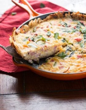 Hash browns crusted ham frittata? Yeah, I'm so making this! ohsweetbasil.com