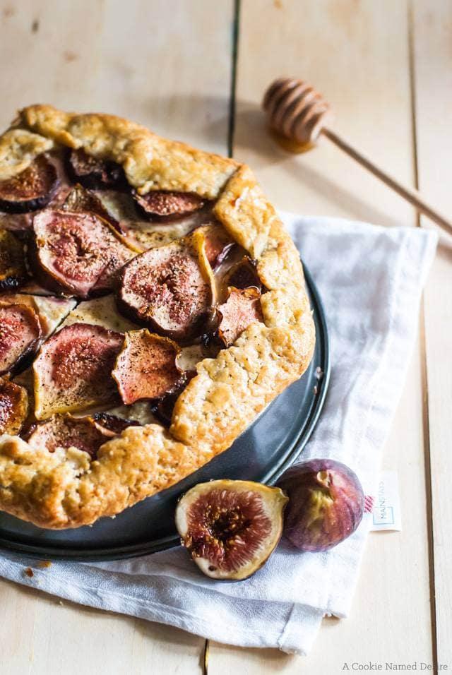 fig honey mascarpone galette