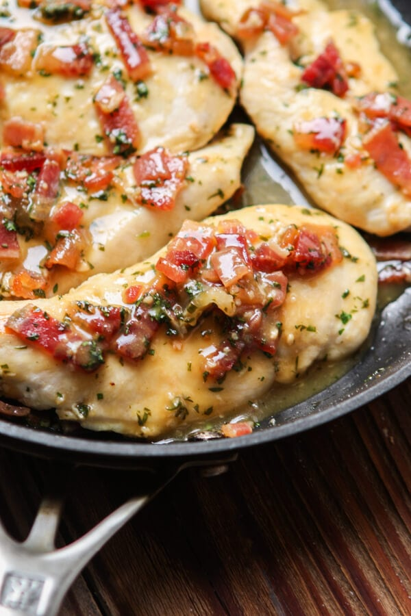 This isn't your normal one skillet recipe. This honey mustard bacon chicken skillet is healthier for a few reasons but still totally craveable! ohsweetbasil.com paleo, Whole 30, dairy-free