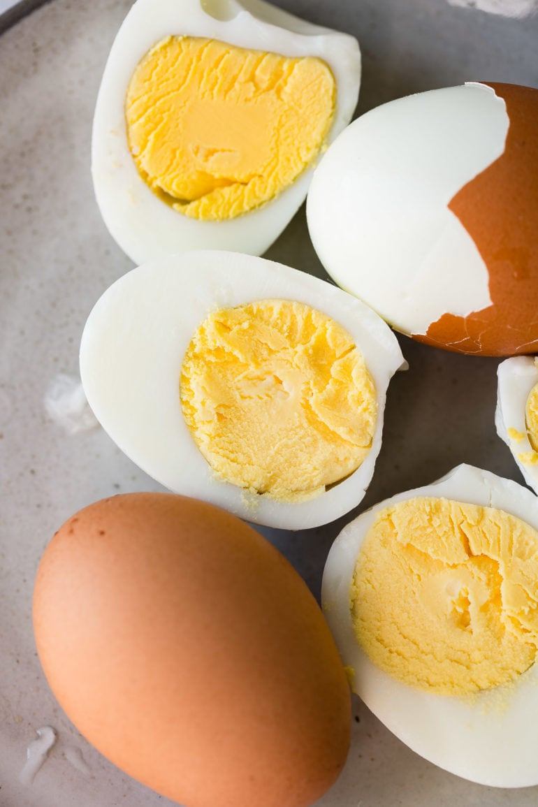 How to Make Perfect Hard Boiled Eggs - Oh Sweet Basil