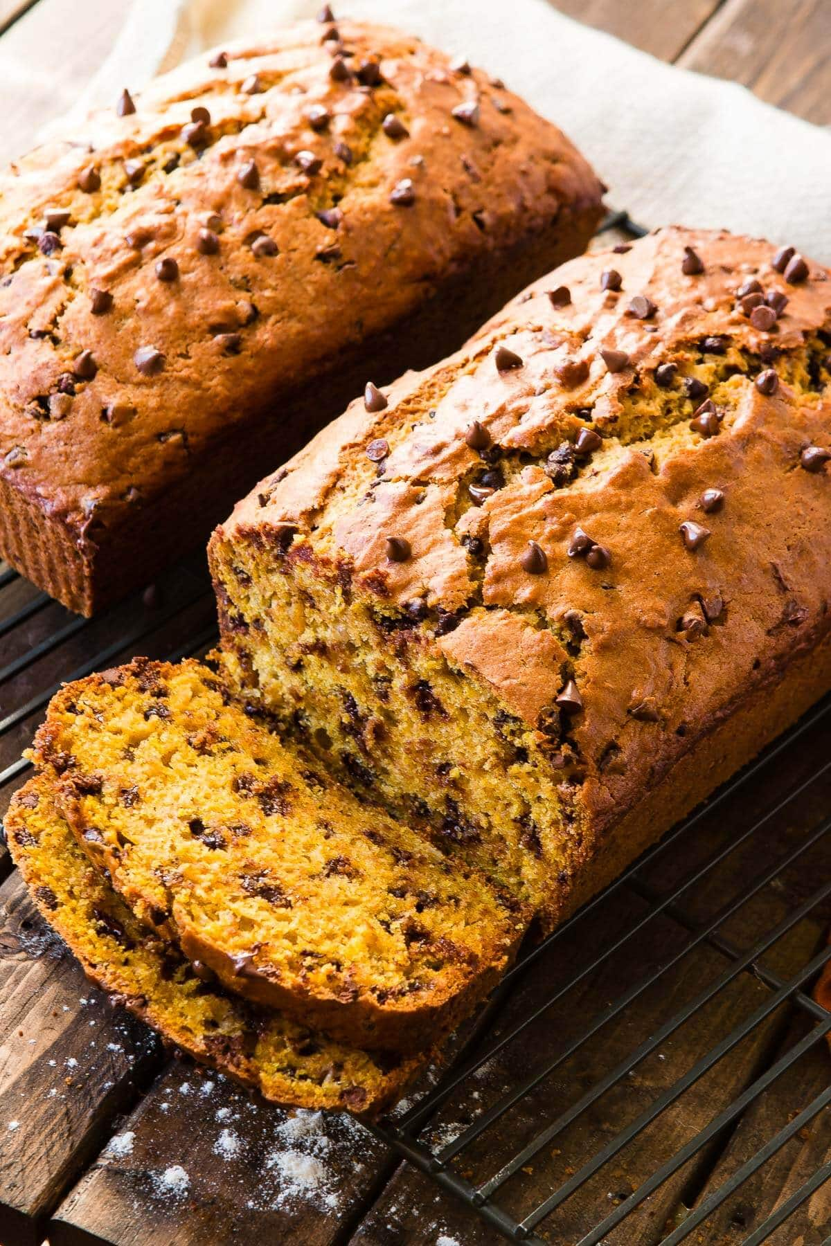 Banana bread as a pumpkin bread mashup! Whenever you've got that last cup of pumpkin leftover and a few bananas ripening make pumpkin banana bread! ohsweetbasil.com