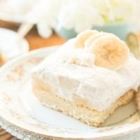 no bake banana cream cheesecake tart bars ohsweetbasil.com