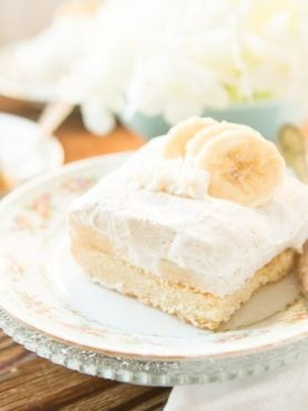 no bake banana cream cheesecake tart bars ohsweetbasil.com