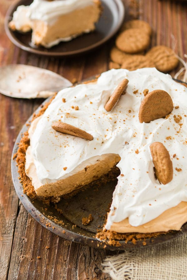 No Bake Pumpkin Pie with Gingersnap Crust