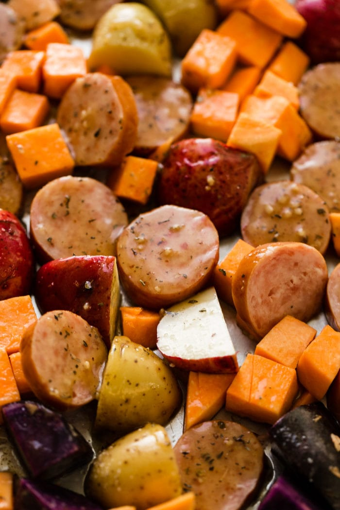 It just takes one pan, sweet potatoes, potatoes, kielbasa and broccoli and you've got a dinner recipe in less than 30 minutes!