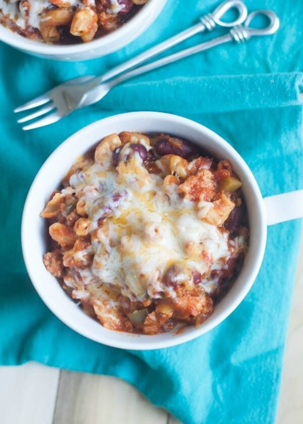 Quick and Easy One Pot Healthy Chili Mac | boysahoy.com