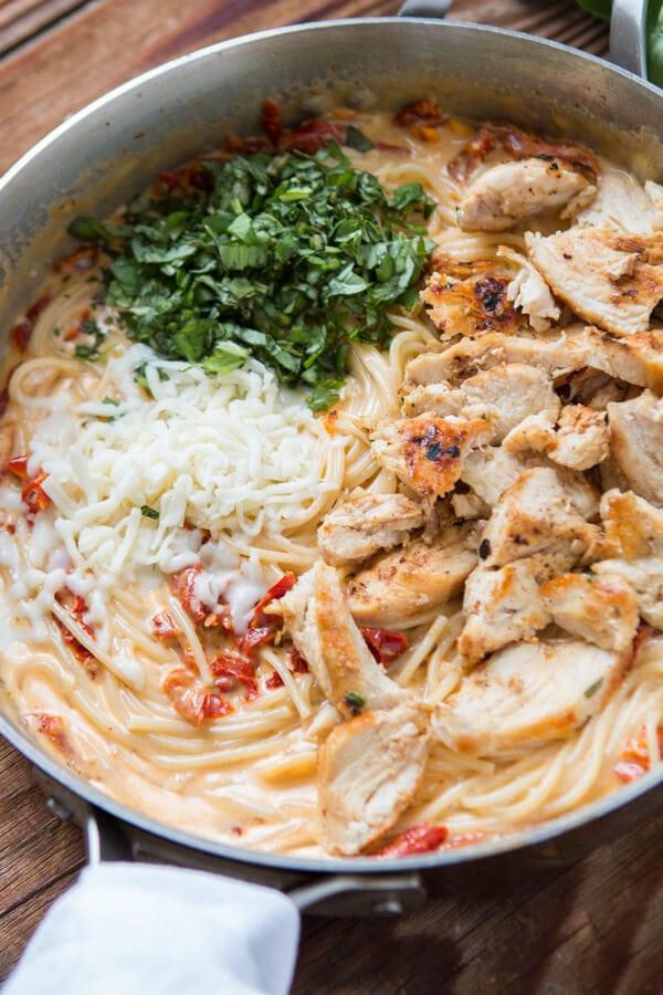 recipe: sun dried tomato basil chicken pasta recipe [7]