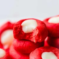 White chocolate peppermint cream cheese mints are the best easy holiday candy to make ohsweetbasil.com