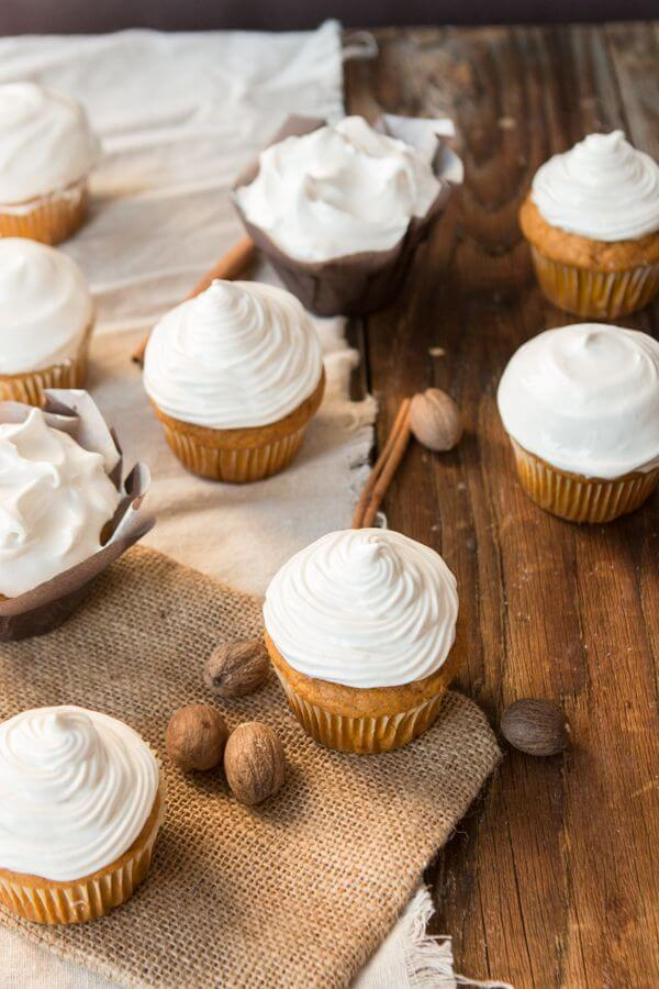 Pumpkin Cupcakes with 7-Minute Maple Frosting are perfect all fall and ...