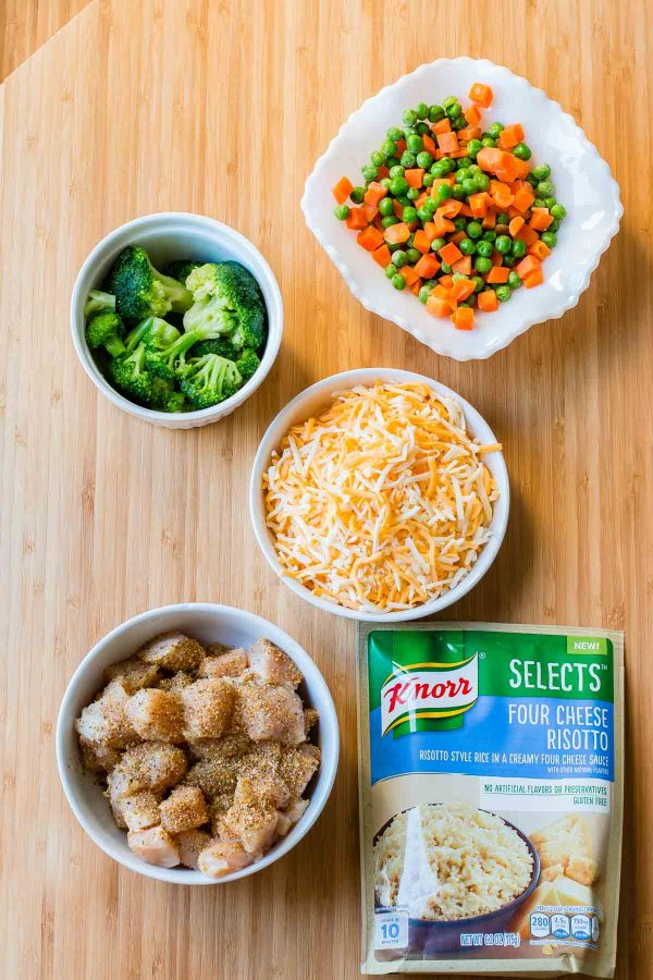 Looking for a quick and easy dinner idea? This Cheesy Chicken and Rice Casserole recipe is another version of our VIRAL post, Cheesy Ground Beef and Rice Casserole. quick and easy dinner idea! It just takes 5 minutes to make this cheesy chicken and rice casserole and it's ready in 30! ohsweetbasil.com