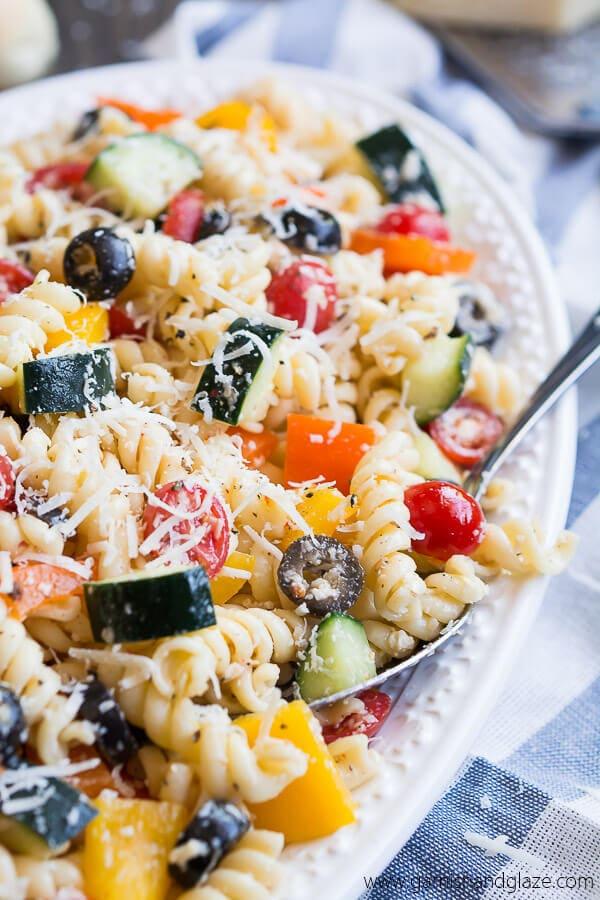summer-vegge-pasta-salad-garnishandglaze.com