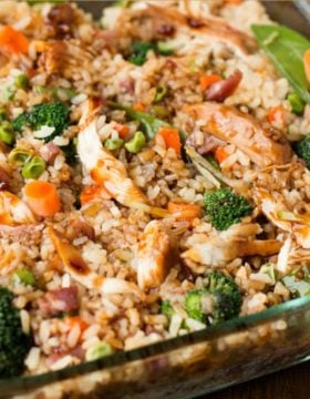 It's everything you love about takeout without leaving your house. Teriyaki chicken casserole full of fried rice, chicken and veggies for dinner!