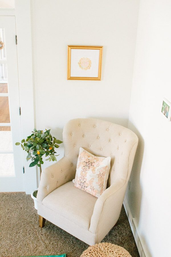We are so stinking excited to show you our office reveal!! It's been hard work but the results are beautiful and exactly what we wanted. ohsweetbasil.com