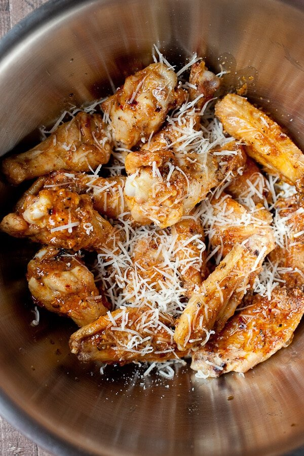 how to make medium chicken wing sauce